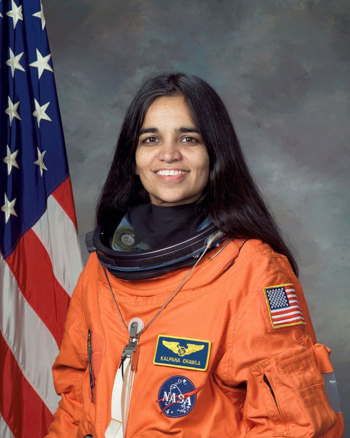 1024px-kalpana_chawla_nasa_photo_portrait_in_orange_suit